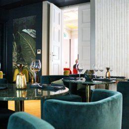 signature-restaurant-13B